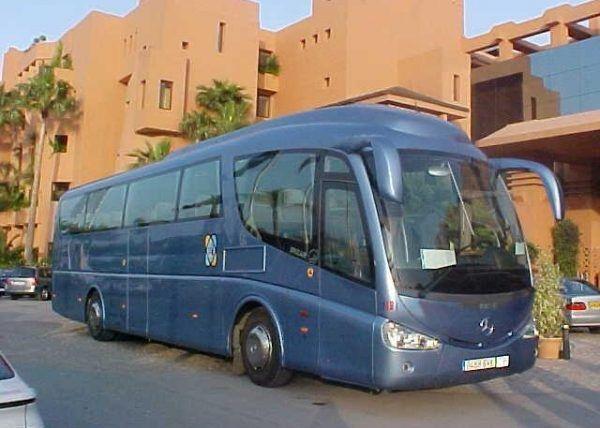 Autobús de 55 personas