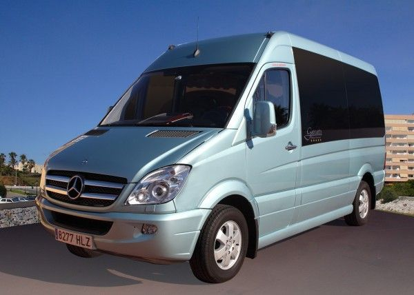 Minibús Mercedes Gran Luxe para 9 personas