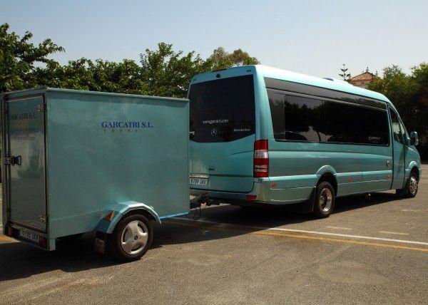 Minibús Mercedes Deluxe para 16 personas. Imagen 1