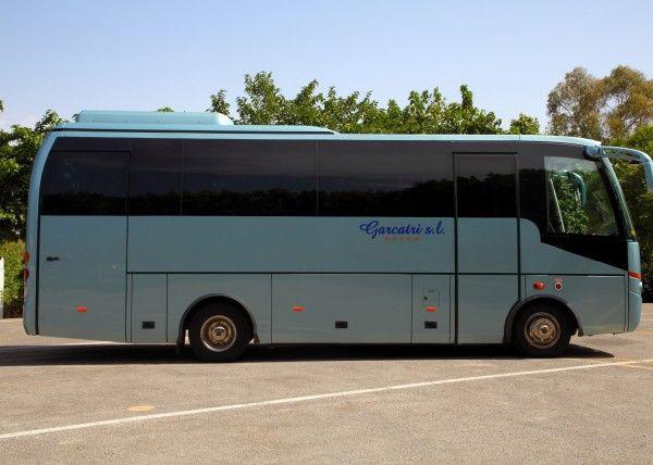 Minibús Mercedes Deluxe para 29 personas. Imagen 2