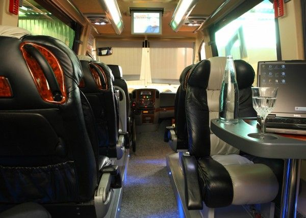 Minibús Mercedes Deluxe para 9 personas. Imagen 4