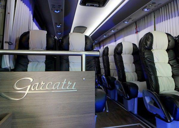 Minibús Mercedes Gran Luxe para 26 personas. Imagen 5