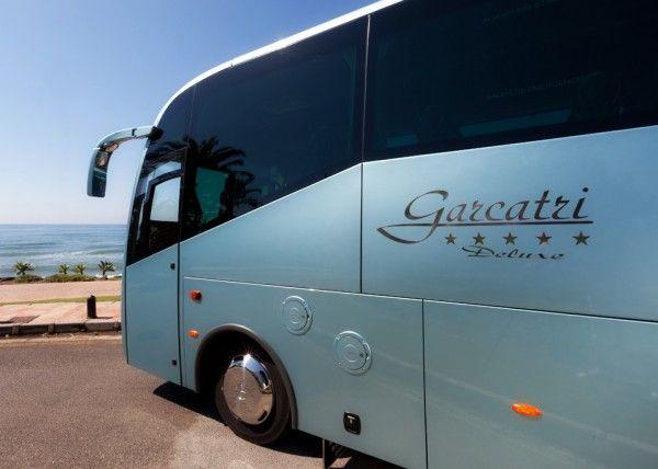 Minibús Mercedes Gran Luxe para 30 personas. Imagen 1