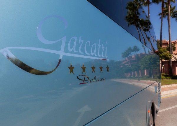 Minibús Mercedes Gran Luxe para 30 personas. Imagen 3